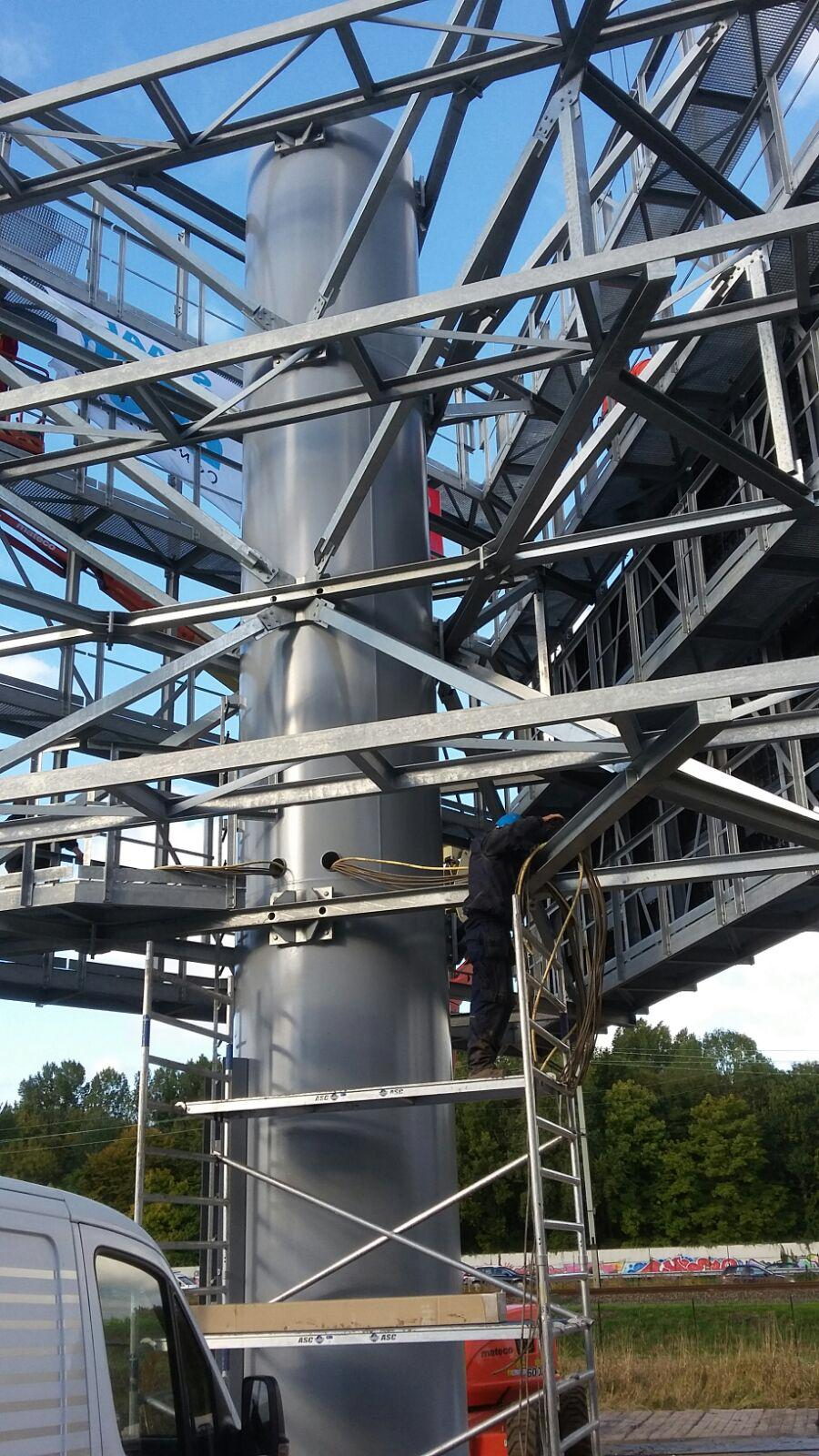 foto van VDL Reclame masten